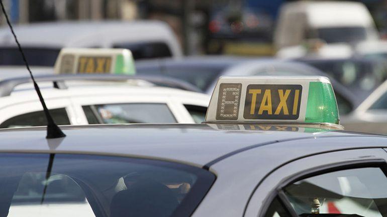 Refuerzo de taxi durante los meses de julio y septiembre